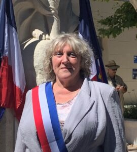 Mme Patricia DUDON
